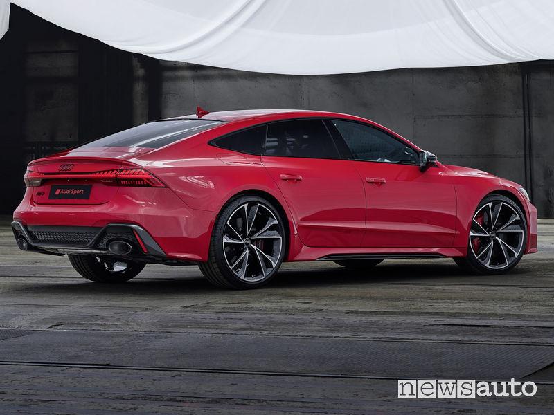"""Minigonne laterali e cerchi in lega da 22"""" sull'Audi RS7 Sportback 2020"""