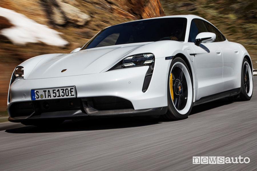 Porsche Taycan Turbo S splitter anteriore