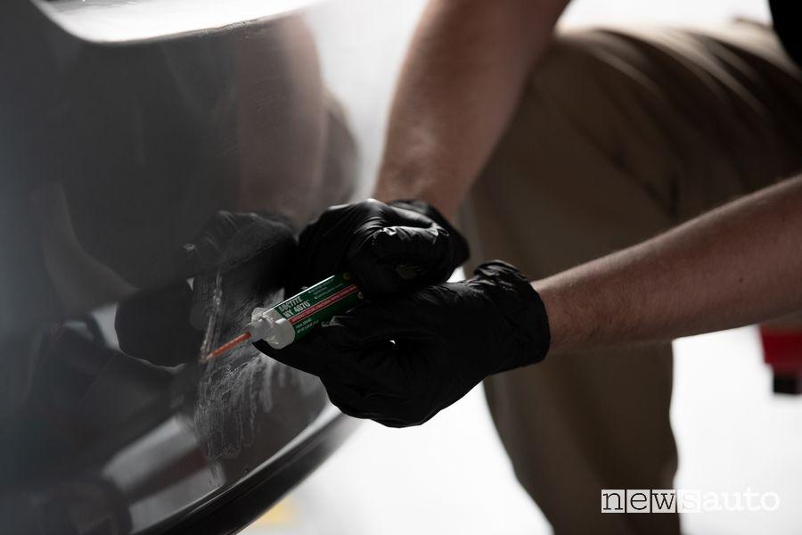 Colla per la riparazione dei veicoli Loctite HY 4070