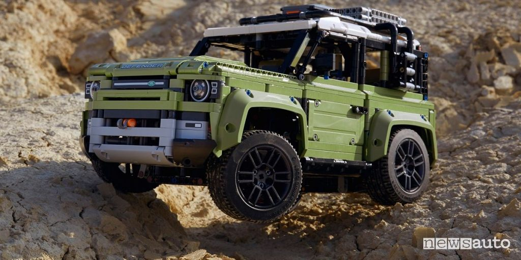 black friday 2019 LEGO nuovo Land Rover Defender