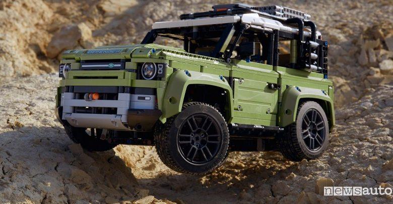 Fuoristrada giocattolo LEGO nuovo Land Rover Defender
