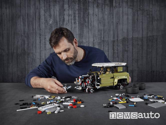 Lego Land Rover Defender fuoristrada giocattolo