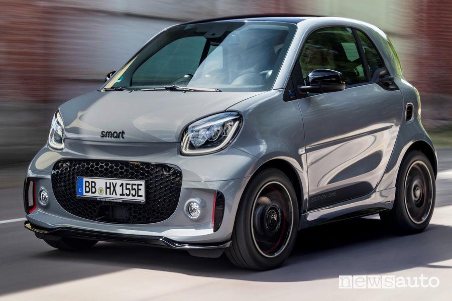 smart fortwo EQ auto elettrica più venduta in Italia nel 2019