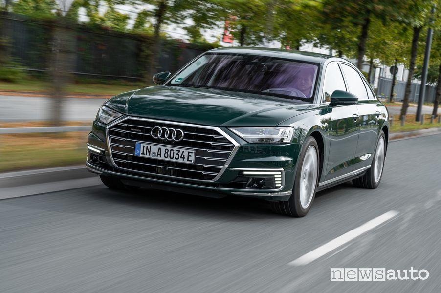 Area C Milano auto Audi A8 L 60 TFSI e ibrida plug-in