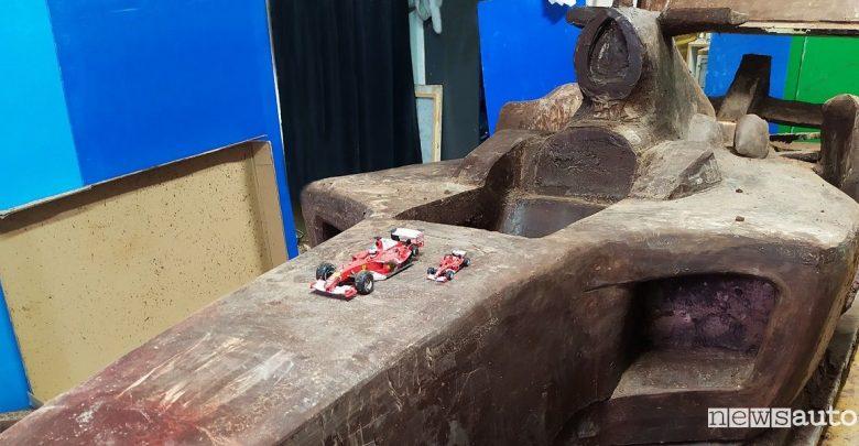 Schumacher Ferrari F1, la F2004 diventa una scultura di cioccolato