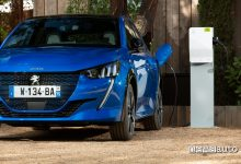 Photo of Auto per neopatentati, ci sono le elettriche Peugeot e-208, e-2008