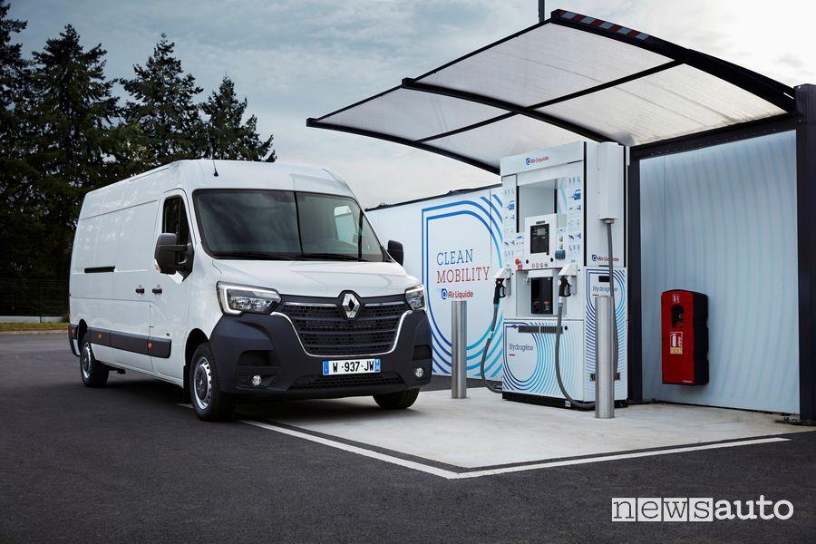 Rifornimento idrogeno Renault Master Z.E Hydrogen