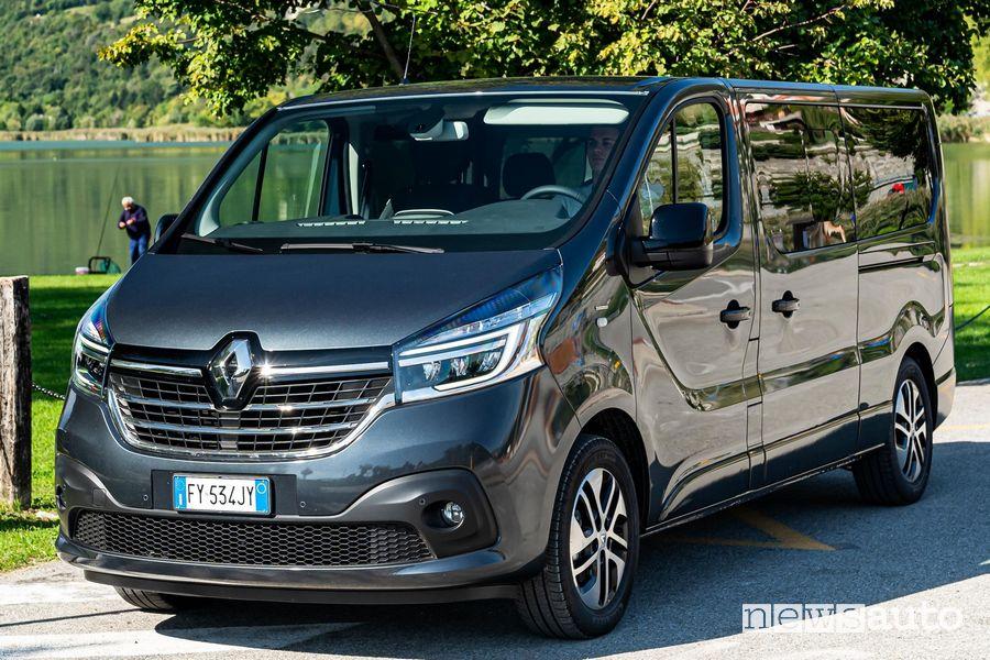 Frontale, cerchi in lega Renault Trafic 2020