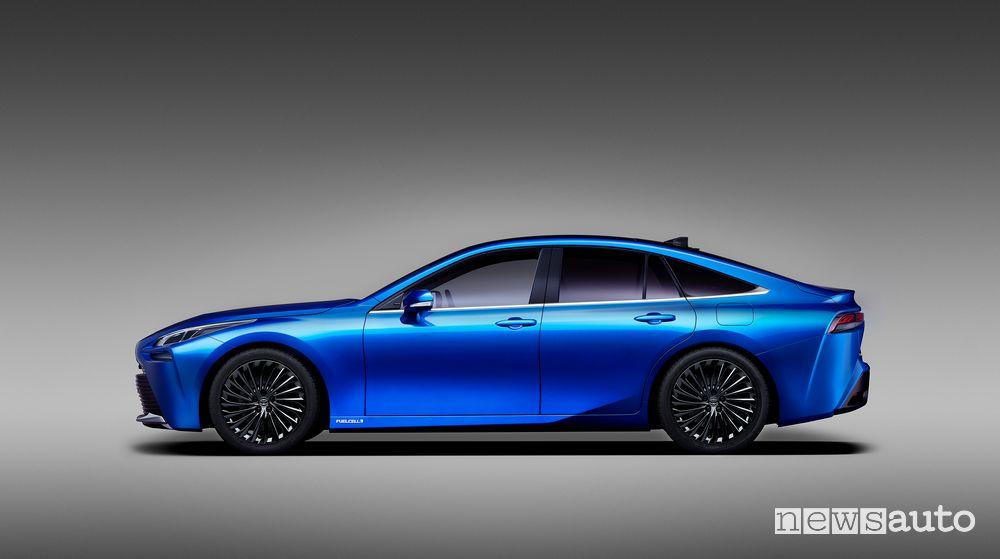 Vista laterale Toyota Mirai Concept 2020
