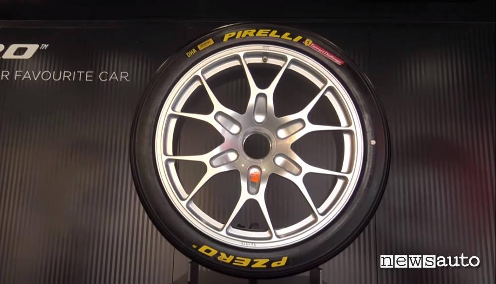 pneumatici pirelli ferrari challenge
