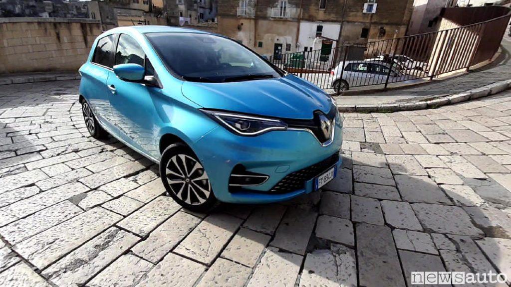 nuova Renault Zoe auto elettrica