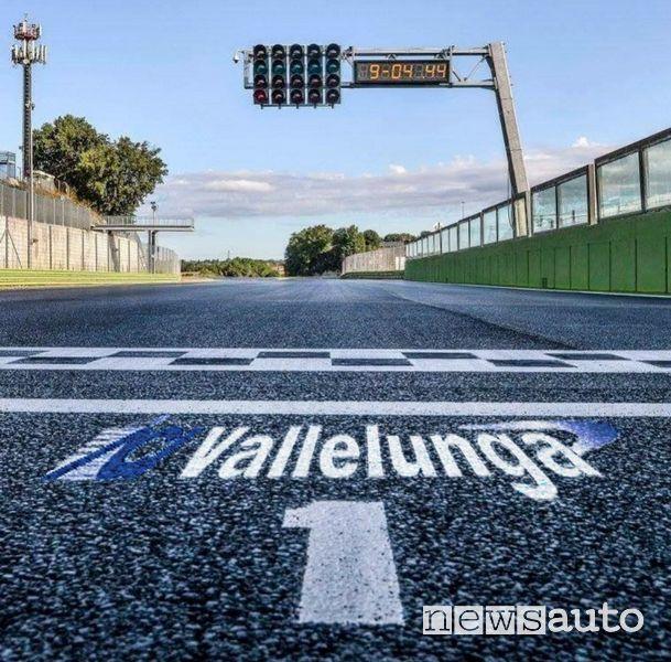 Traguardo dell'Autodromo di Vallelunga