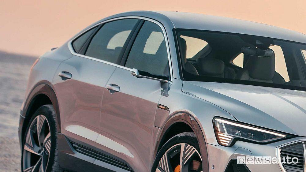 Specchietti esterni virtuali Audi e-tron Sportback