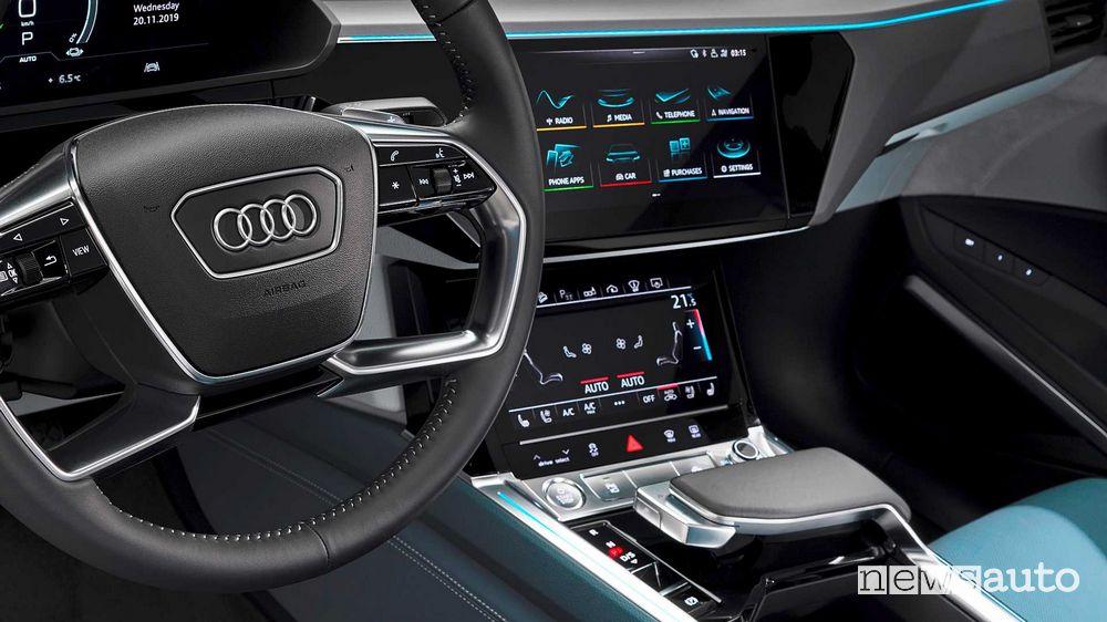 Consolle centrale, interni Audi e-tron Sportback