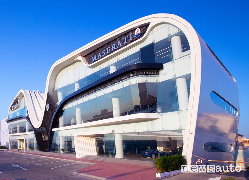 Al Tayer Motors Maserati shoowroom Maserati a Dubai