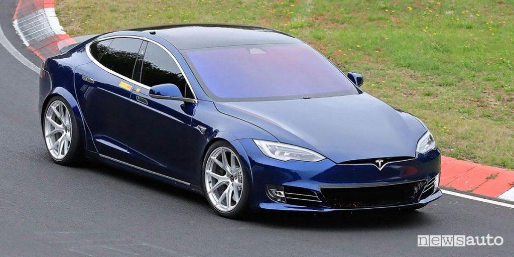 Al Nurburgring Tesla Model S