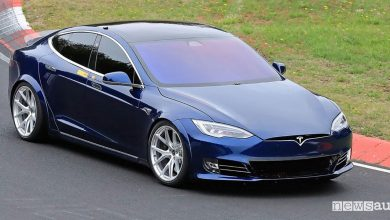 Record al Nurburgring Tesla Model S