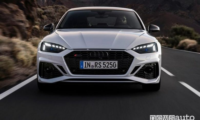 Frontale, nuova mascherina anteriore Audi RS5 Sportback