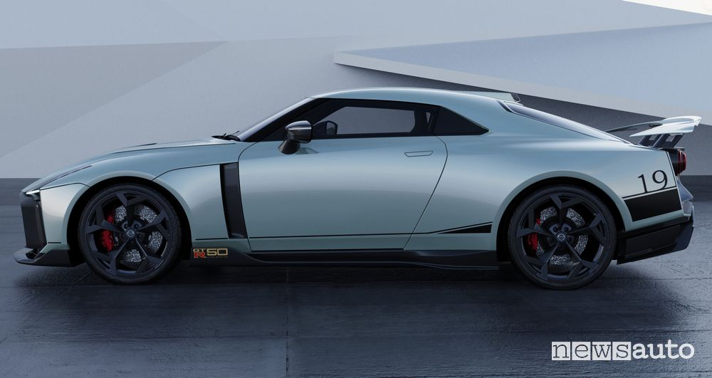 Vista laterale Nissan GT-R50 by Italdesign rendering Mint