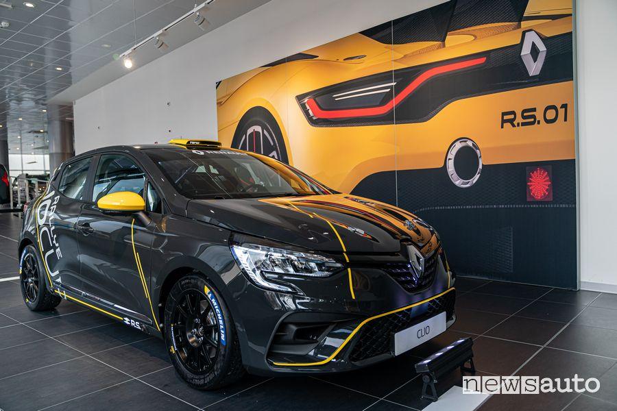 Vista anteriore Renault Clio Rally R5