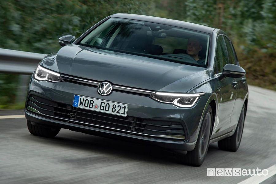 Fari a LED anteriori Volkswagen Golf 8 grigia