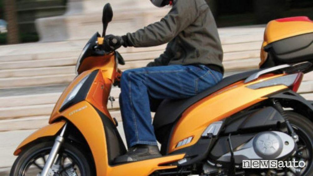 assicurazione auto familiare scooter