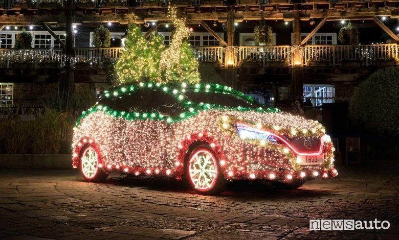 Luminarie di Natale Nissan Leaf