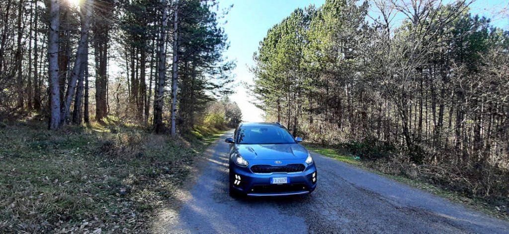 A velocità di 50/80 km/h si ha il piacere di guidare un'auto elettrica 100%