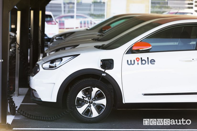 Kia Niro Plug-in Hybrid WiBLE car sharing Madrid