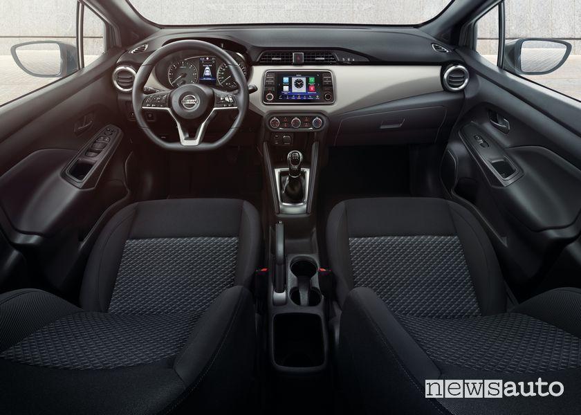 Interni, plancia strumenti Nissan Micra N-Tec