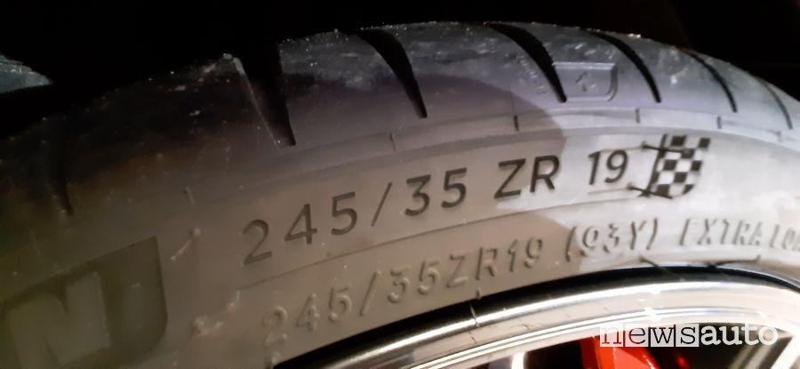 Misura pneumatico Michelin Cup 2 Honda Civic Type R Limited Edition 245/35 ZR 19
