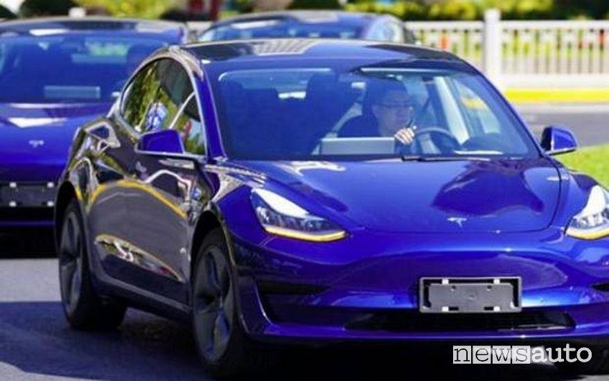 La nuovissima Tesla Model 3 prodotta in Cina per il mercato asiatico
