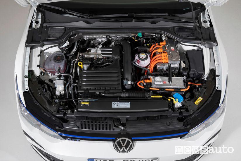 Vano motore ibrido plug-in Volkswagen Golf GTE PHEV 2020