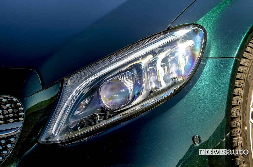 fari full led Mercedes C200 Hybrid