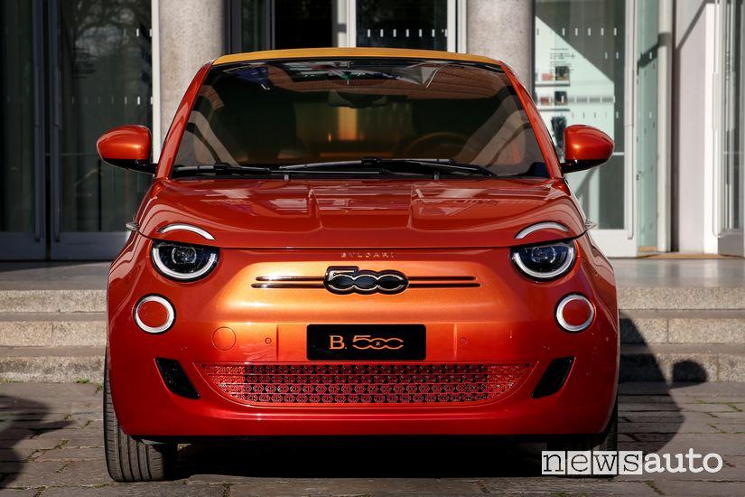 Frontale Fiat 500 elettrica One-Off Mai Troppo Bvlgari
