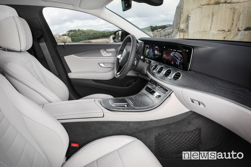 Sedili anteriori abitacolo Mercedes-Benz Classe E All Terrain 2020