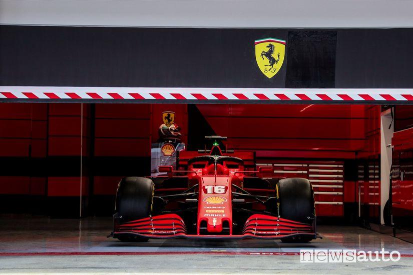 Ferrari SF1000 box Charles Leclerc