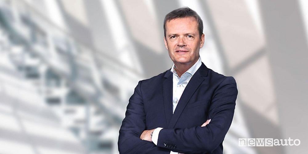 Responsabile della ricerca e sviluppo Daimelr e Mercedes-Benz Markus Schäfe