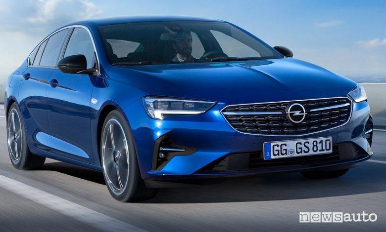 Opel Insignia, prezzi gamma e allestimenti