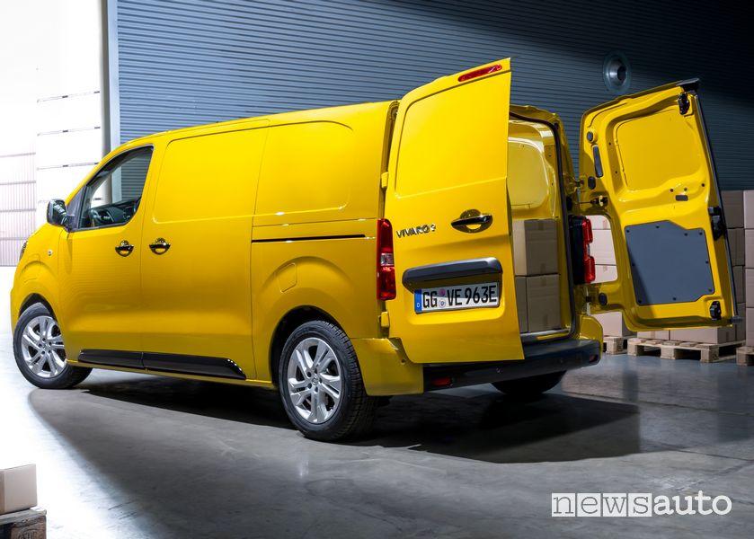 Apertura portiere posteriori Opel Vivaro-e elettrico