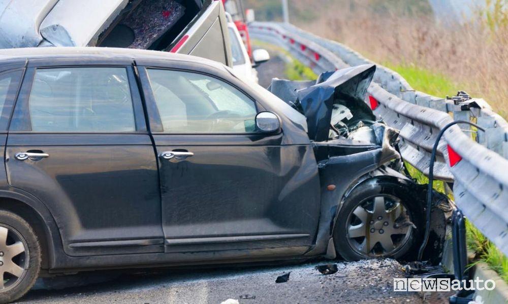 incidenti auto stradali