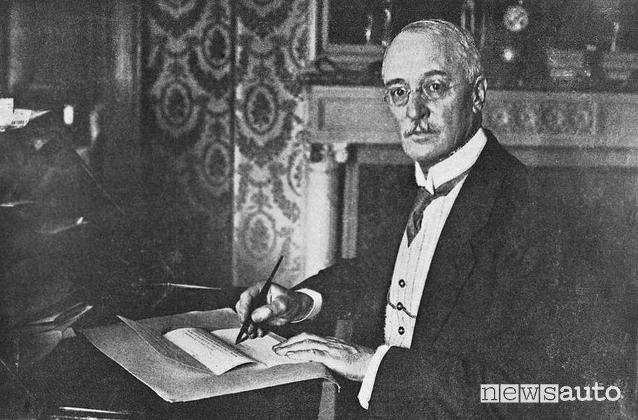 Rudolf Diesel è il padre del motore animato dal ciclo Diesel