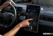 Photo of Aggiornamenti software auto, come funzionano