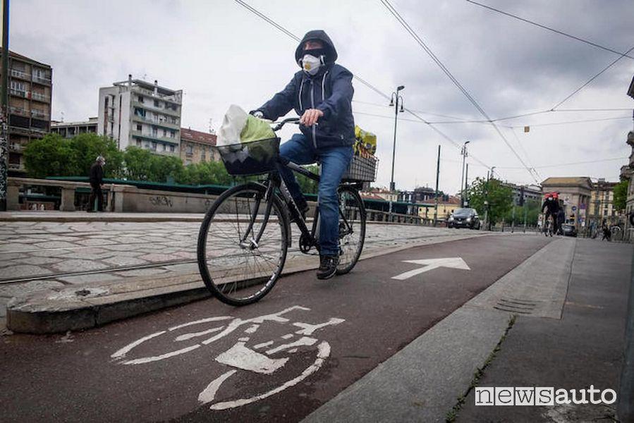 Incentivi per bici e monopattini elettrici fino a 500 euro, come funzionano