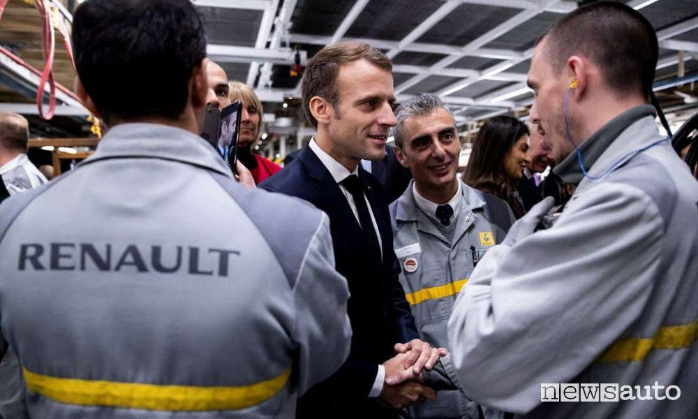 Incentivi per auto elettriche e ibride in Francia contro la crisi Presidente Emmanuel Macron