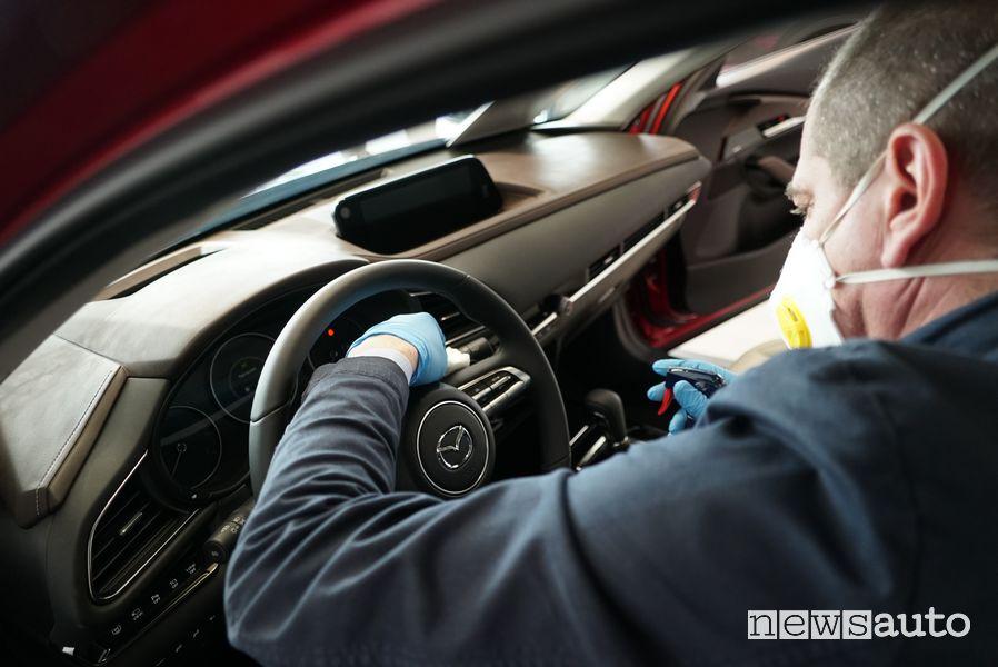 Igienizzazione auto test drive concessionaria Mazda