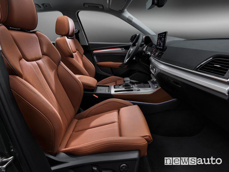 Sedili anteriori abitacolo Audi Q5 2021