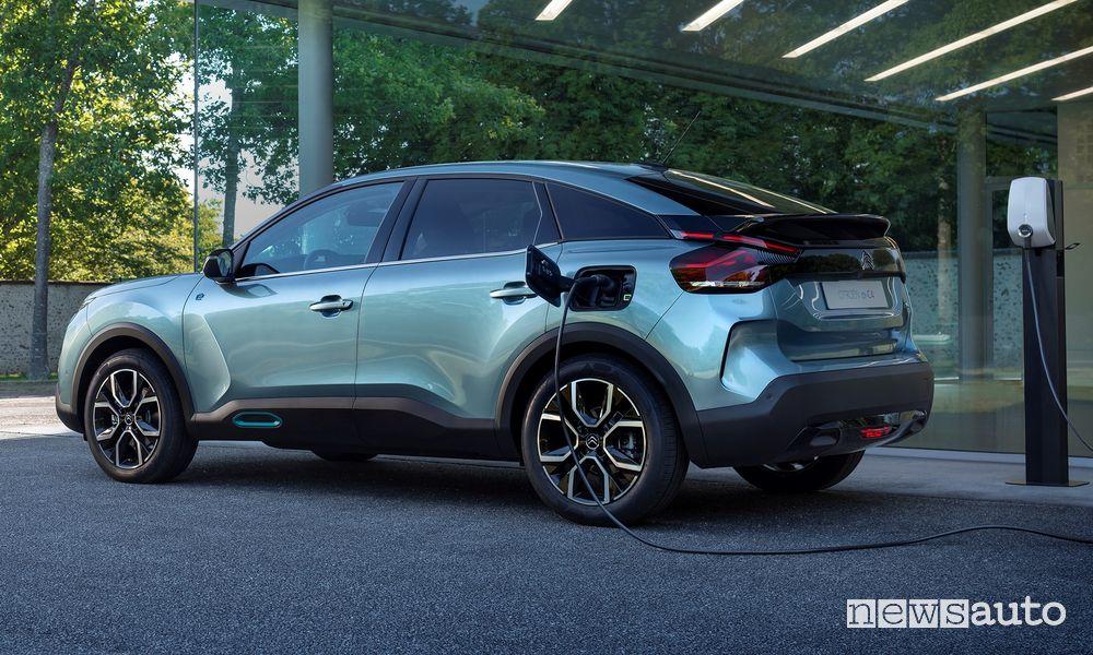 Citroën ë-C4 elettrica in ricarica fino a 100 kW