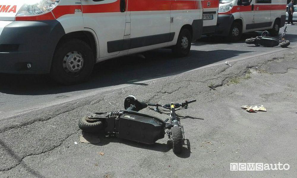 Incidenti monopattini elettrici, c'è il primo morto