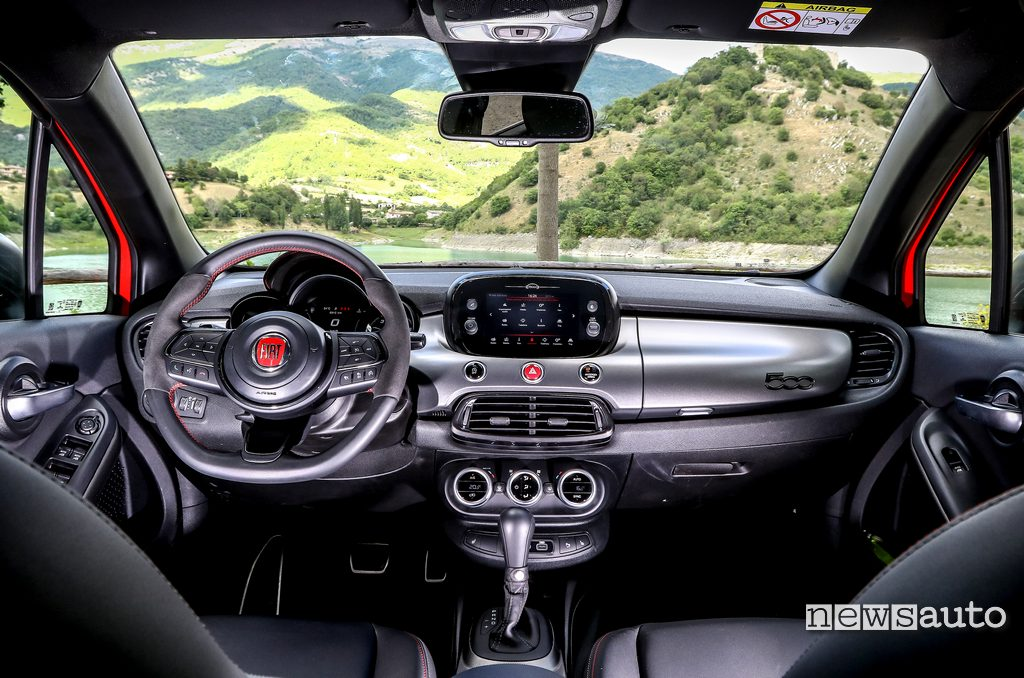 interni Fiat 500X Sport